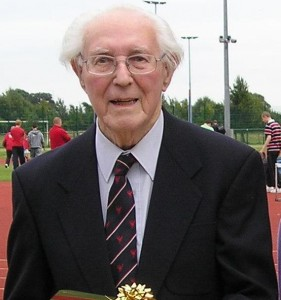 Les Williams Club President from 1995-2011