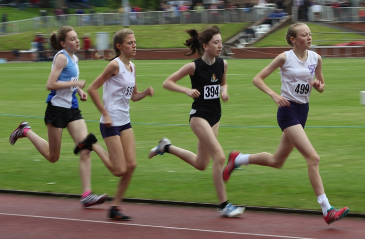 Rosie Johnson (499) on her way to victory in the 1500m at Bebington