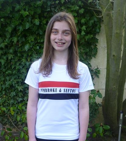 Lauren Lewis star at Wavertree early season meeting