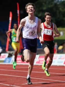 Joe Milton take the English Schools 300m title