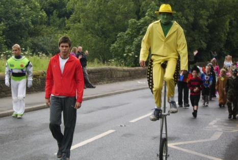 Mike Bride (green face yellow suit) and Wayne Ashall 2008
